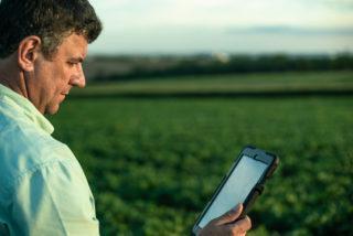 internet, conectidade, celular, agricultura 4.0