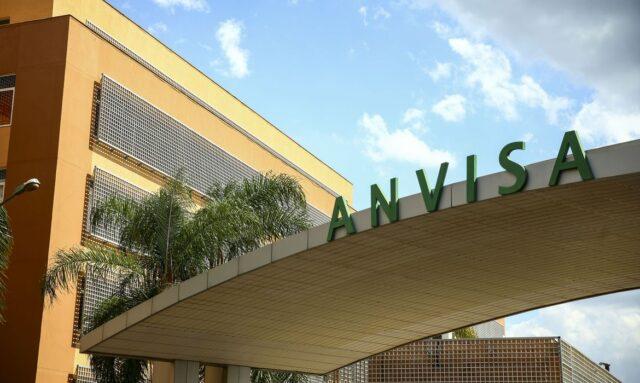 Fachada do edifício sede da Agência Nacional de Vigilância Sanitária (Anvisa) - vacina