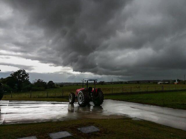 chuvas trator tempo