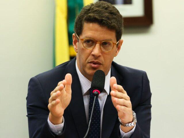 CONAMA REVOGA NORMAS QUE DELIMITAM ÁREAS DE PROTEÇÃO PERMANENTES.