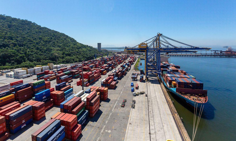 EXPORTAÇÕES BRASILEIRAS CRESCEM 6,8% NA PARCIAL DE NOVEMBRO, MAS AGRO CAI 6,3%.