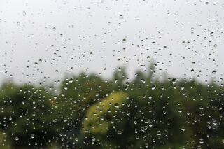 chuva tempo clima vidro gota d'água